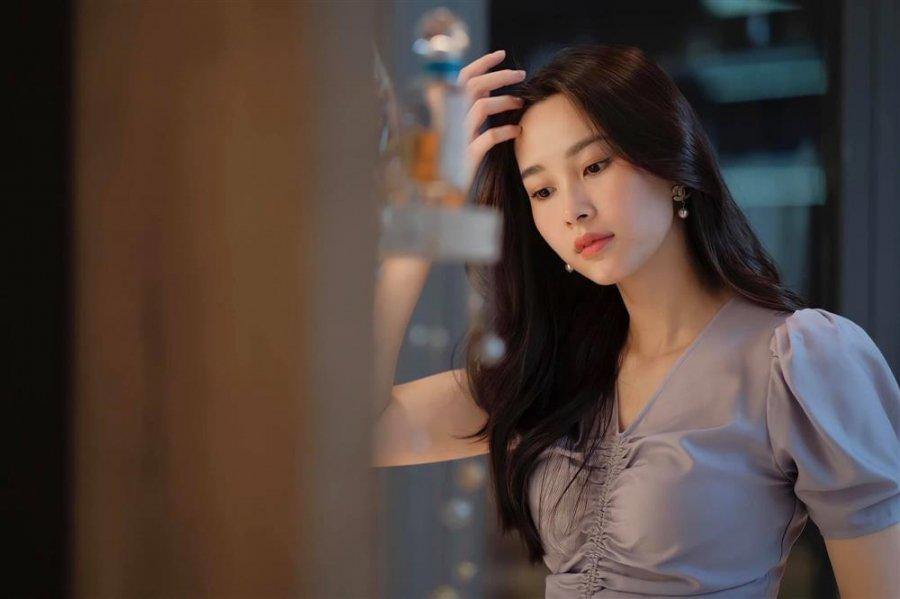 Ông xã Đặng Thu Thảo khiến fan trầm trồ khi vừa trổ tài chụp ảnh lại vừa làm thơ tỏ tình với vợ